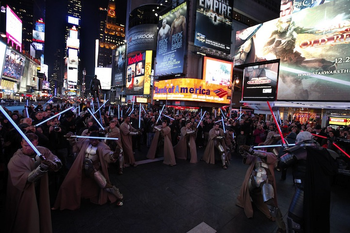 Star Wars The Old Republic Lightsaber Freeze Mob in Times Square