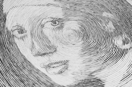 Dibujo de una linea circular  Frikiloga