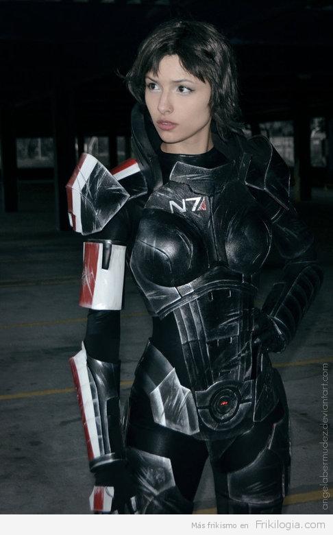 Genial cosplay de Jane Shepard