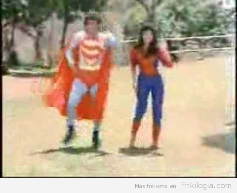 Indian Superman… Otro videoclip de Indués locos