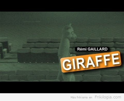 Remi Gallard haciendo de las suyas en el cine